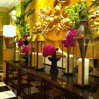 Photo taken at Encore - Wynn Macau by Lujain U. on 2/19/2012