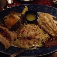 Photo taken at Red Lobster by Joe Y. on 3/31/2012