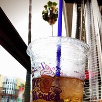 Photo taken at The Coffee Bean & Tea Leaf® by Narciso A. on 7/13/2012