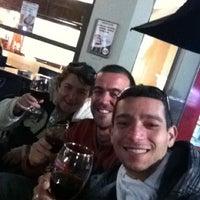 Photo taken at Pura Vida Juice Bar by Rodrigo L. on 8/10/2012