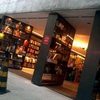 Photo taken at Livraria da Vila by Evandro R. on 3/25/2012