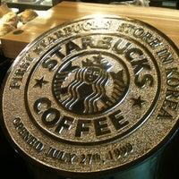 Photo taken at Starbucks by Jisun M. on 5/20/2012