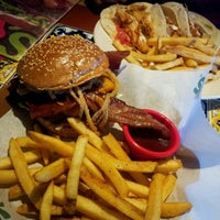 Photo taken at Chili's Grill & Bar by Bianca F. on 2/27/2012