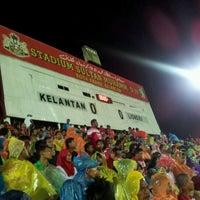 Photo taken at Stadium Sultan Muhammad IV by Suffian H. on 5/4/2012
