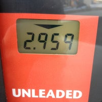 Photo taken at Kroger Fuel Center by Steven on 7/7/2012