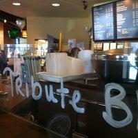 Photo taken at Starbucks by Totsaporn I. on 3/10/2012