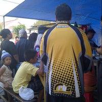 Photo taken at Bubur Ayam Van Danoe by Heru S. on 8/24/2012