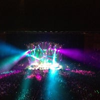 Photo taken at Bill Graham Civic Auditorium by Asher Y. on 8/18/2012