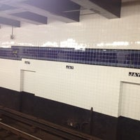 Photo taken at MTA Subway - Jay St/MetroTech (A/C/F/R) by Brian D. on 7/15/2012