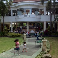 Photo taken at Mal Bali Galeria by Henry S. on 7/22/2012