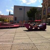 Das Foto wurde bei MuseumsQuartier von Ivan S. am 8/13/2012 aufgenommen