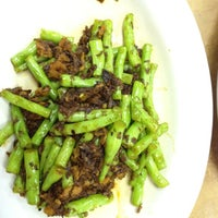 Photo taken at Vegetarian by Roseli EzyBlogger on 4/22/2012