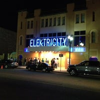 Photo taken at Elektricity Nightclub by simon a. on 4/7/2012
