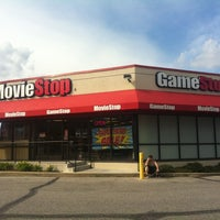 Photo taken at Moviestop by Priscilla on 5/29/2012