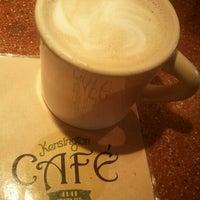 Photo taken at Kensington Café by Michelle W. on 5/18/2012