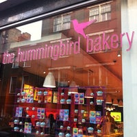 Photo taken at The Hummingbird Bakery by miss j l. on 5/12/2012