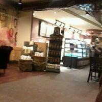 Photo taken at Starbucks by alvaro p. on 2/13/2012