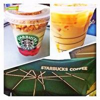 Photo taken at Starbucks by Rodrigo S. on 7/21/2012