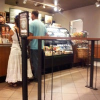 Photo taken at Starbucks - Level 1 by Guilherme Y. on 8/25/2012