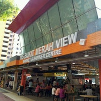 Photo taken at Bukit Merah View Market & Food Centre by DingXiang T. on 3/11/2012
