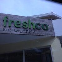 Photo taken at Freshco Bar Orgánico by Ariadne R. on 7/19/2012