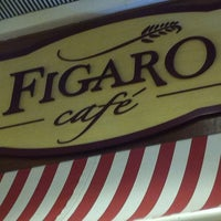 Photo taken at Figaro Café by Guilherme F. on 8/4/2012