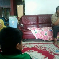 Photo taken at Cendol Fuad & Anak-anak by Salehuddin S. on 8/21/2012