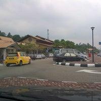 Photo taken at R&R Gambang – West Bound by abu bakar a. on 6/30/2012