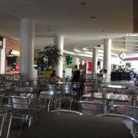 Photo taken at Shopping Buena Vista by Ubirajara O. on 6/10/2012