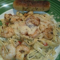 Photo taken at Applebee's by Dr. H. on 7/14/2012