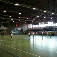 Photo taken at Cafetería zona Polideportiva by Clara R. on 4/14/2012