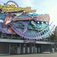 Photo taken at Rock'n' Roller Coaster With Aerosmith by Chiaki O. on 4/1/2012