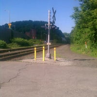 Photo taken at Train Track Trail - Sharpsburg to Millvale by jenadels on 5/20/2012