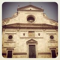 Photo taken at Basilica di Sant'Agostino in Campo Marzio by Francisco E. on 8/5/2012