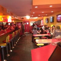Photo taken at Lucky's Famous Burgers by Raj S. on 8/1/2012