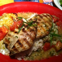 Photo taken at Bubba Gump Shrimp Co. by Delete on 7/27/2012