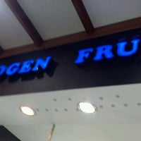 Photo taken at Yogen Fruz by Macarena B. on 9/4/2012