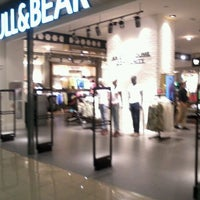Photo taken at PULL & BEAR by Gerardo N. on 6/29/2012