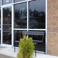 Photo taken at Starbucks by Sintia L. on 6/1/2012