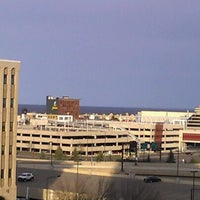 Photo taken at Radisson Hotel Duluth-Harborview by Matt M. on 4/19/2012