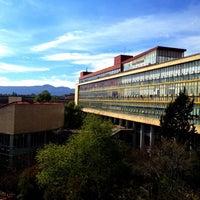 Photo taken at UNAM Facultad de Medicina by Serch O. on 3/19/2012