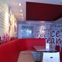 Photo taken at siam gelato ice-cream by Piyamaporn S. on 7/29/2012