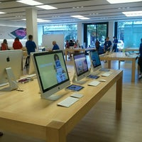 Photo taken at Apple Store, Easton Town Center by Tillman A B. on 8/27/2012