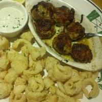 Photo taken at Olive Garden by LaToya on 7/27/2012
