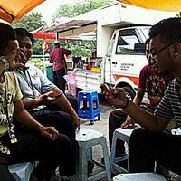Photo taken at Gerai Cendol & Rojak Titiwangsa by palis 7. on 6/7/2012