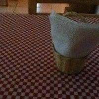 Photo taken at Las Pizzas del Bor by Ricardo on 8/4/2012