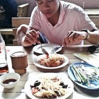 Photo taken at เจ๊บาง (พัทยาสาย3) by Nawaphon H. on 6/4/2012