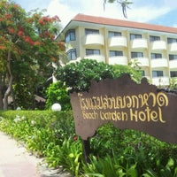 Photo taken at Beach Garden Hotel Cha-am by Che C. on 5/26/2012
