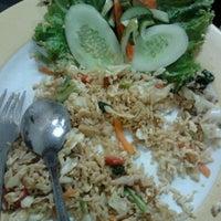 Photo taken at Bakmie Yamin Mang Memet by estri S. on 8/12/2012