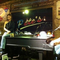 Photo taken at Pete's Dueling Piano Bar by Emily H. on 2/4/2012